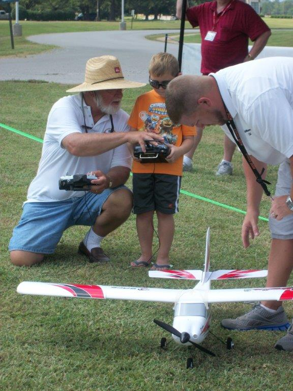 archie phillips teaching radio control model airplane