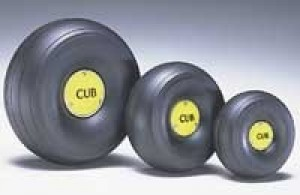Du-Bro 1/3 Scale Treaded Lightweight J-3 Cub Wheels - Product Image