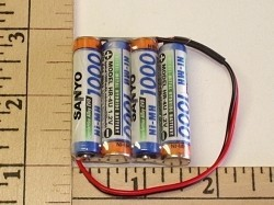 FDK/Sanyo 1000mah NiMH 4-AAA cell 4.8volt Flat RX Pack w/Shrink & Wire - Product Image