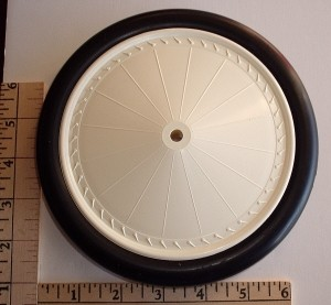 "Williams Bros. Vintage-II Wheels 6-5/8"" Diameter, Antique Linen Hub, Black Tyre, 1 Pair - Product Image"