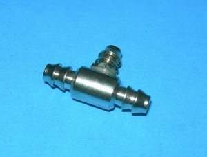 Radical RC Large 3 Way T Fuel Line Connector - Product Image